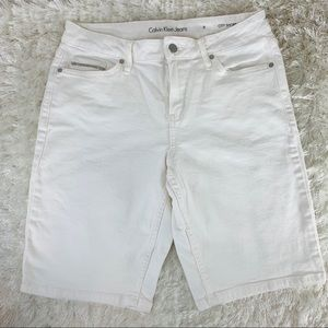 Calvin Klein White City Short Stretch Denim Sz 8